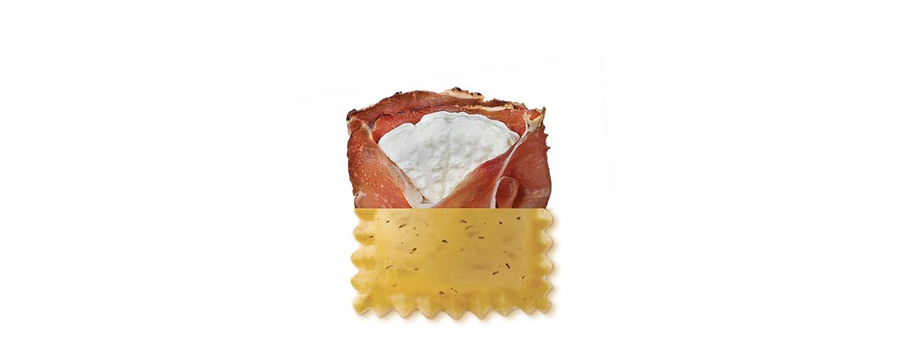 Frischpasta gefüllt   Ravioli allo speck