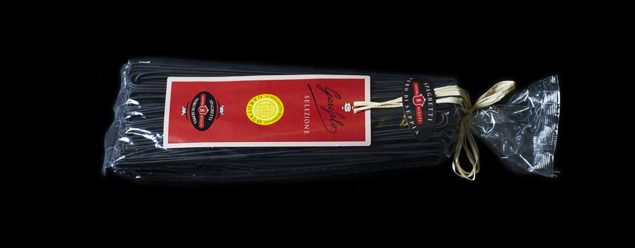 Pasta especial   Spaghetti nero di seppia